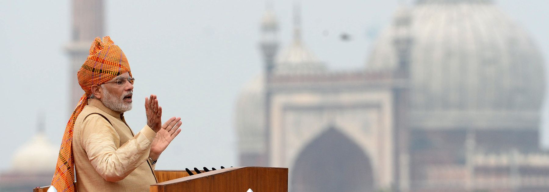 Prime Minister Narendra Modi gestures as he delivers his Independence Day speech from The Red Fort in New Delhi on August 15, 2015. (PRAKASH SINGH/AFP/Getty Images)